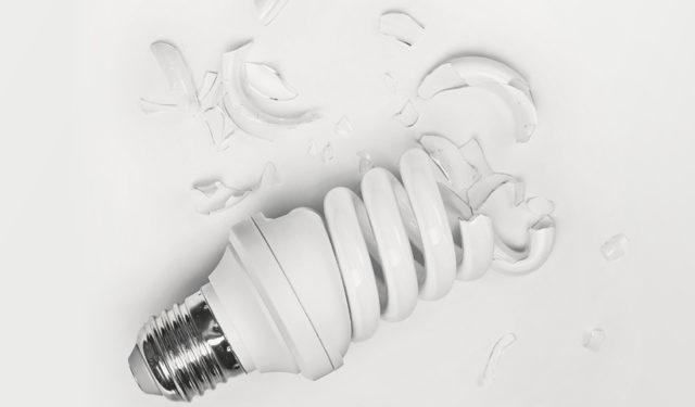 Разбитая лампа