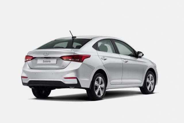 Машина Hyundai Solaris