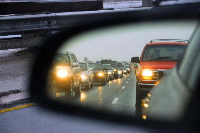 Машина в зеркале